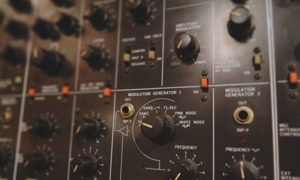 Point Blank Tutorial: Creating Classic Synth Sounds | Soundspace