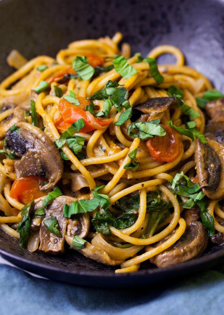 One-Pot Mushroom & Tomato Pasta