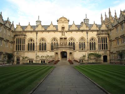Oxford University Tells Students To Use 'Ze' Pronouns