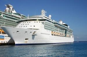 cruise-ship-500398_1280