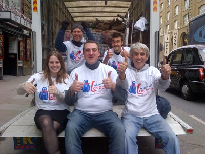 Alice-and-volunteers-on-the-van-1
