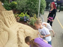6-touching-sand-carving