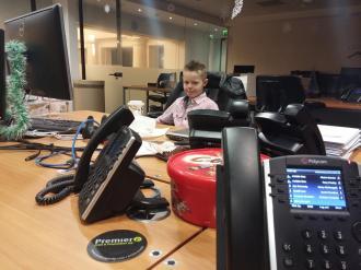 Kyler-Working-In-London-011