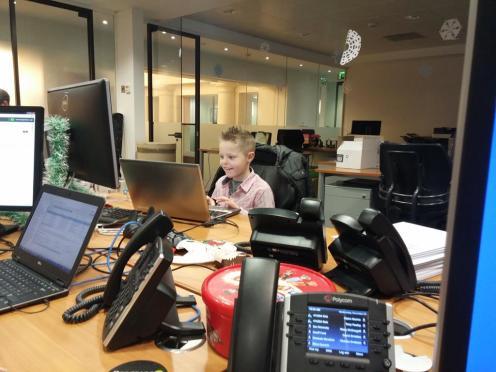 Kyler-Working-In-London-012
