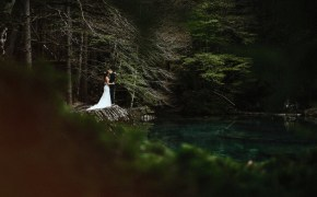 Lake Blausee wedding by Stefan Hellberg Photography