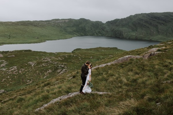 Ireland adventure wedding by Paula O'Hara Photography