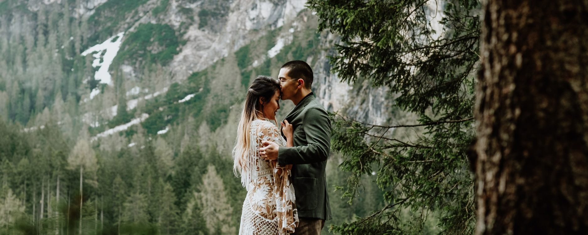 Dolomites Elopement on We Are The Wanderers Advenrtue Wedding Blog by Wild Connections Photography