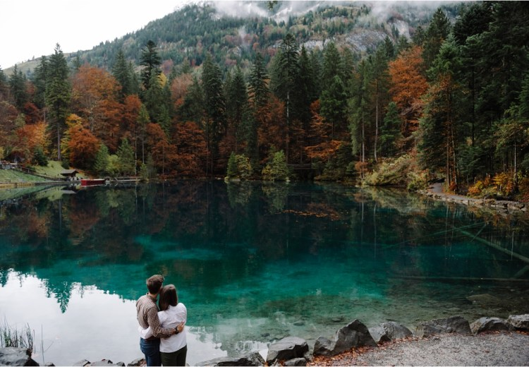 A wedding anniversary couple shoot at Lac Blausee in Switzerland by Caroline Hancox Photography