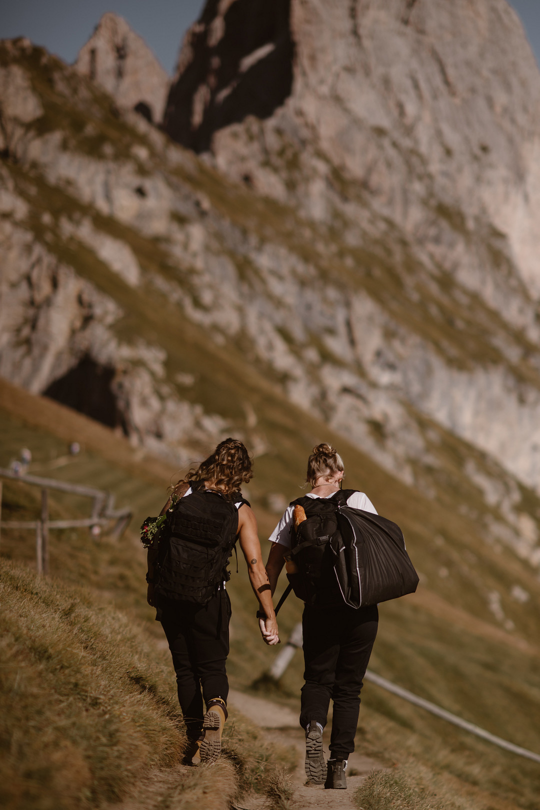 Elopement in the Italian Dolomites, Hiking Elopement in the Italian Dolomites