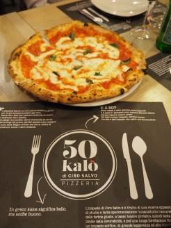 50 kalo pizza in napels