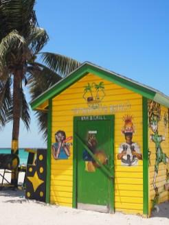 Strand bij Nassau hutje