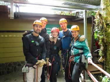 Backpackers groep costa rica Monteverde - ziplining