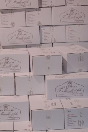 Champagne kopen bij de boer Francoise Minelle dozen