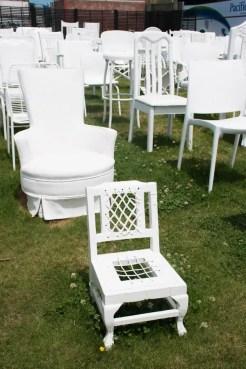 Christchurch Nieuw Zeeland 185 White Chairs-3
