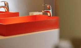 Hotel Bloom bijzonder overnachten brussel badkamer