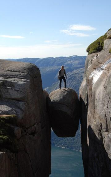 Kjeragbolten Boulder staan erop
