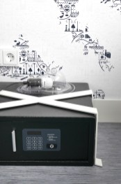 Kluis kaboom hotel kamer