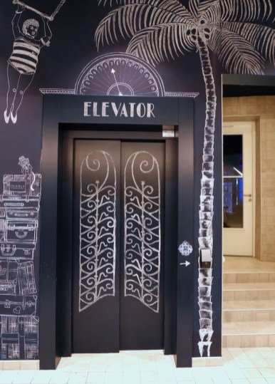 Lift kaboom hotel maastricht
