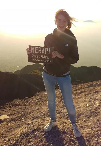 Merapi top vulkaan beklimming top esmee