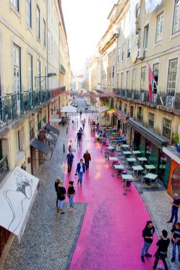 Pink street lissabon-2