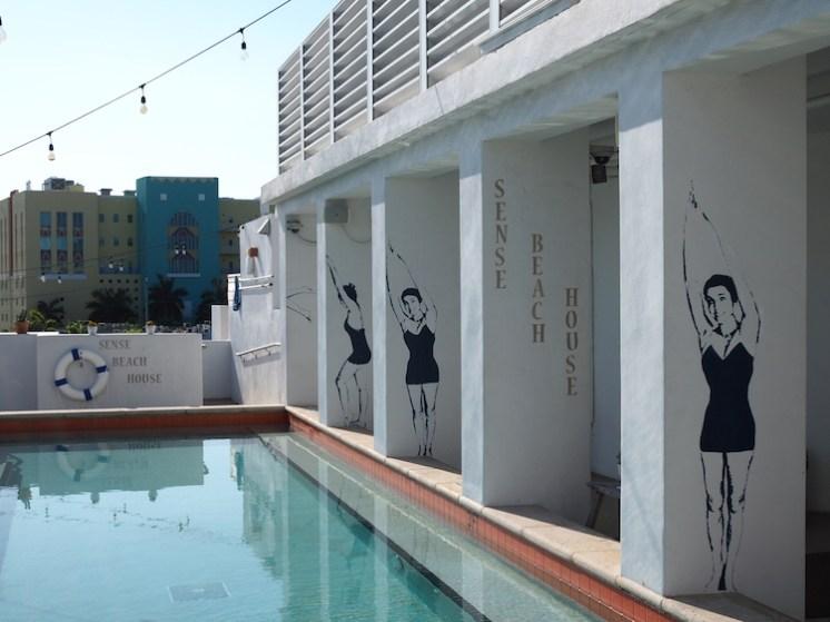 Sense beach house zwembad