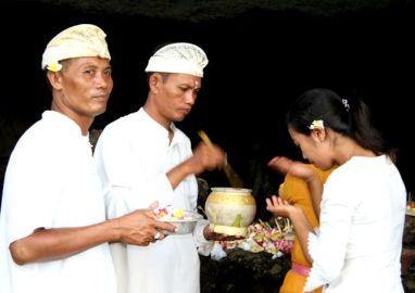Tanah Lot Tempel Balinezen