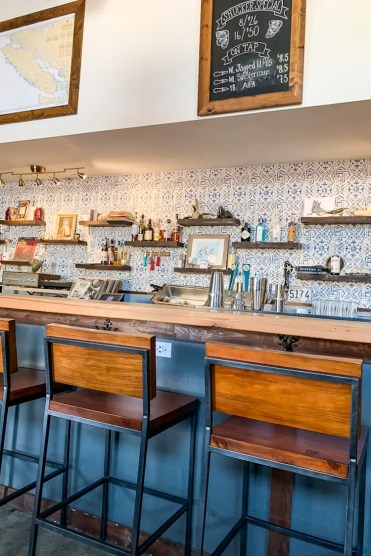 Whitehorse Wayfarer restaurants