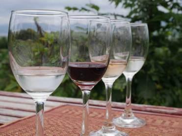 Wijnproeverij Inle Meer