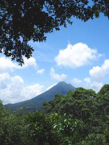 arenal vulkaan uitzicht zip lining