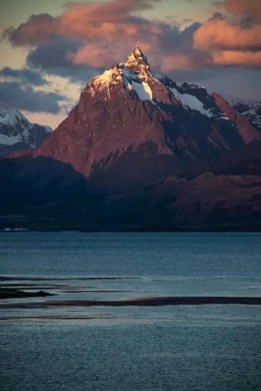 cruise uitzicht in patagonie bergen
