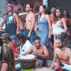 hippie ibiza benirras strand dansers
