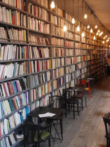 merci boekwinkel koffietentje le marais parijs