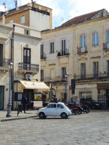 oldtimer in italie stad centrum