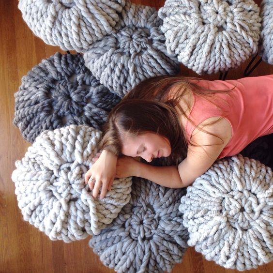 Knitting greys- LOve Fest Fibers ReLove Alpaca yarn