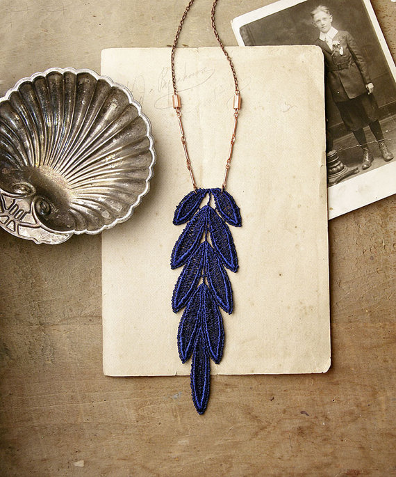 feather white owl necklace