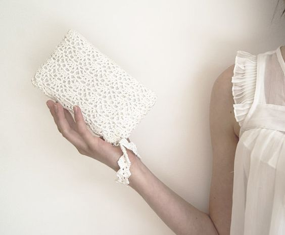 crochet romantic lace clutch