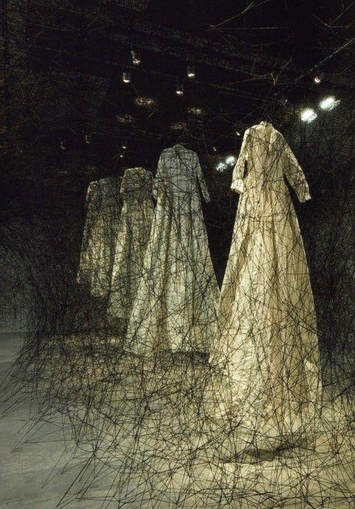 Chiharu Shiota dresses black threads