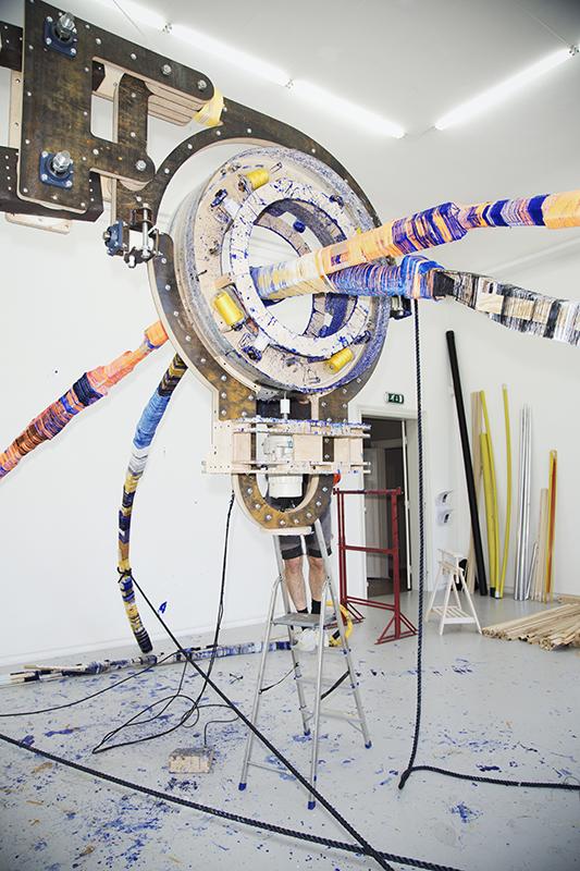 anton_alvarez thread wrapping machine working big scale