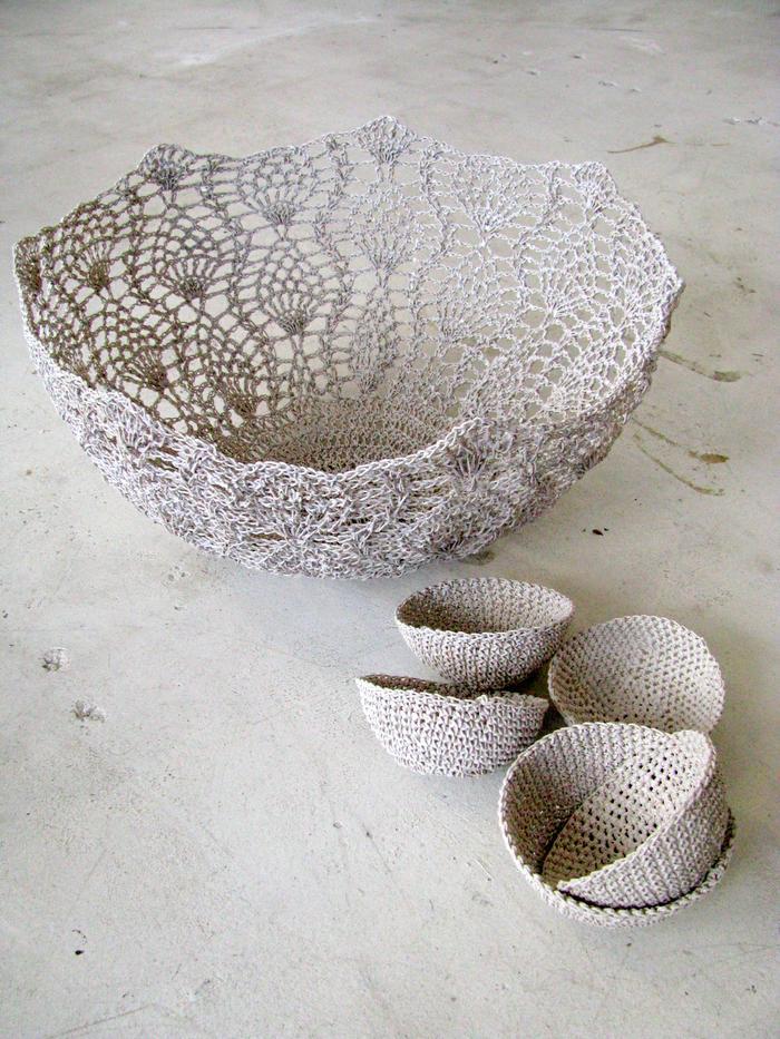 Moonbasket design white resin bowls