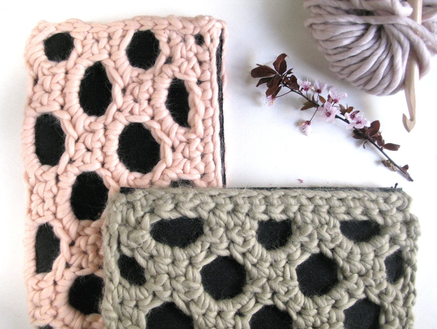 Chunky Clutches-salmon pink-green-wearitcrochet