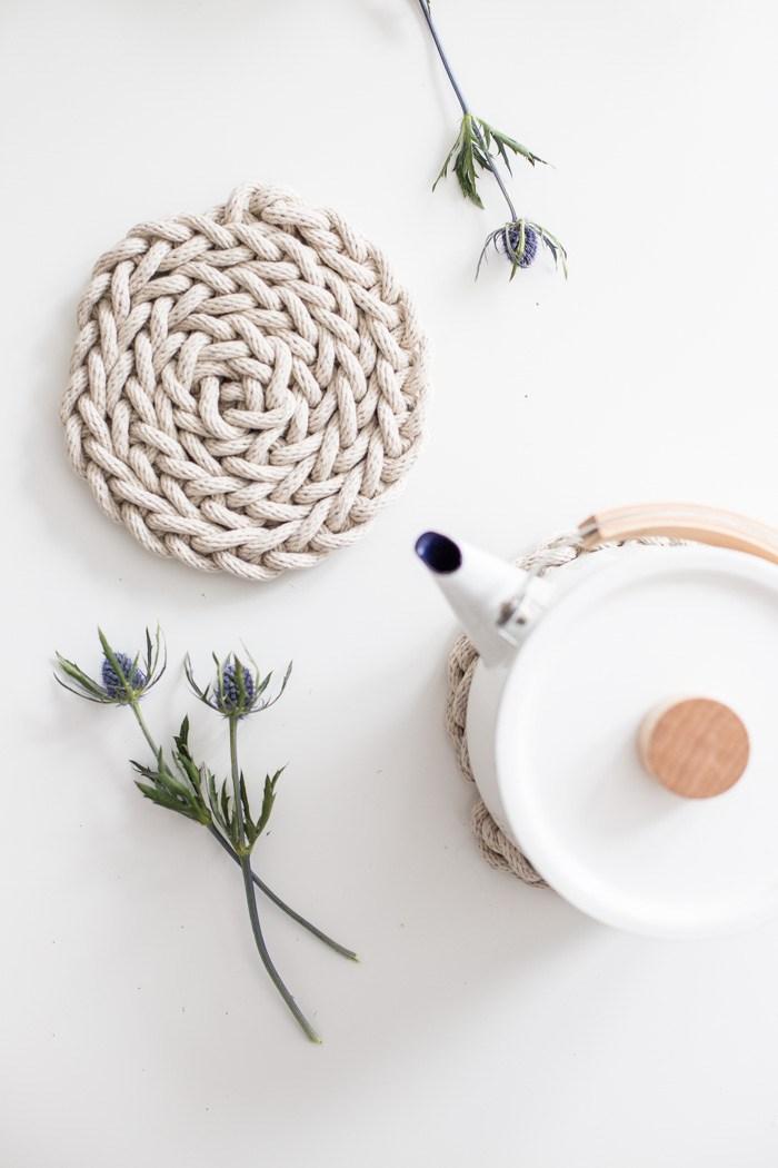Finger Knit Rope Stylish Trivet 03