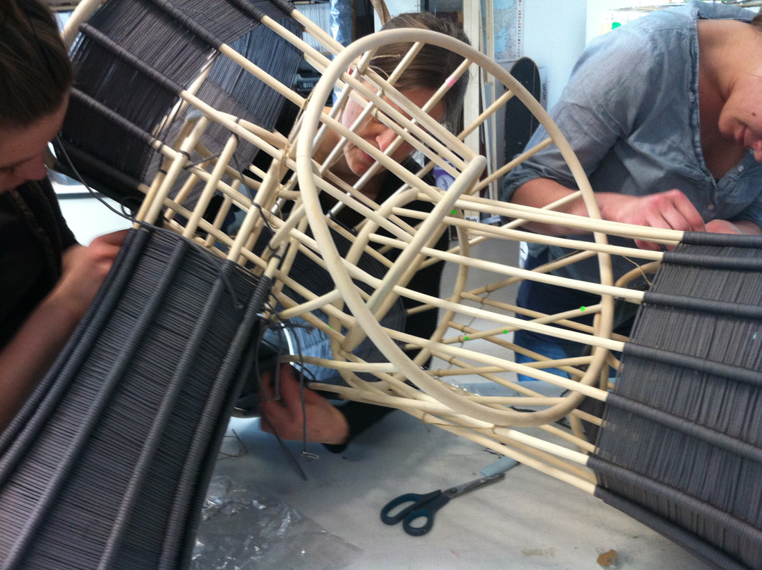 LLOT LLOV design studio oyster on the making