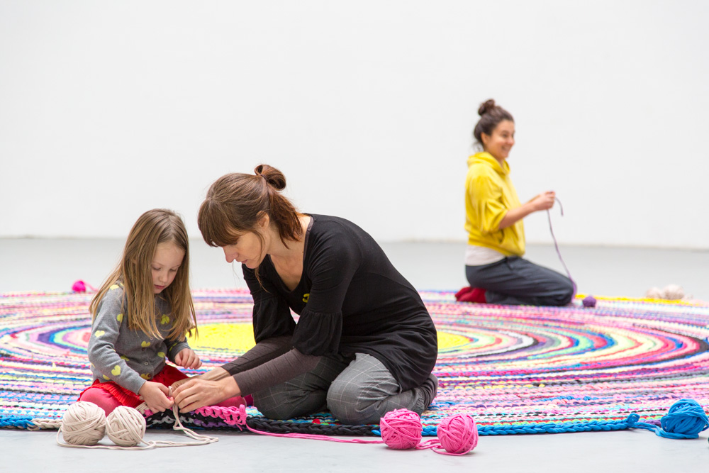 Oloop Design Studio project making rug