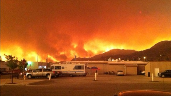 Carlton Complex Fire rages in Washington State.  Credit: KING5