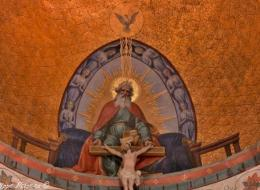 Intérieur de l'Église de Glux en Glenne