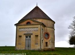 Colombier du château de Couloutre