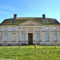 Le Château des évêques d'Urzy le Bourg - Patrimoine
