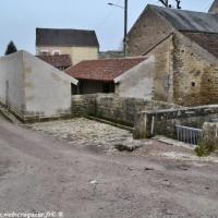 Lavoir d'Asnan - Patrimoine vernaculaire d'Asnan