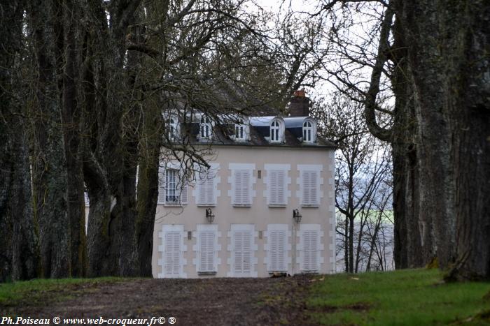 Château de la Grange Rouge
