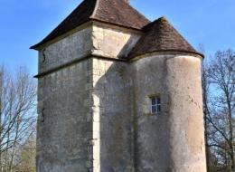 Tour d' Urzy le Bourg